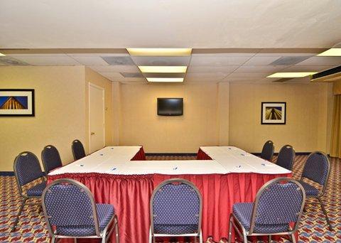 фото Comfort Inn & Suites Alexandria 487803607