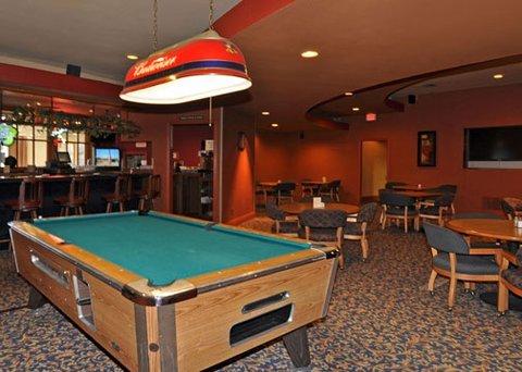 фото Clarion Inn & Suites Stockton 487805226