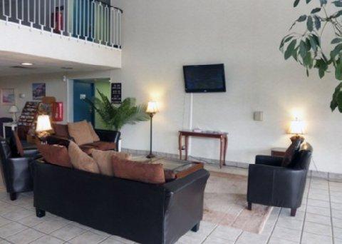 фото Rodeway Inn Fort Wright 487806046