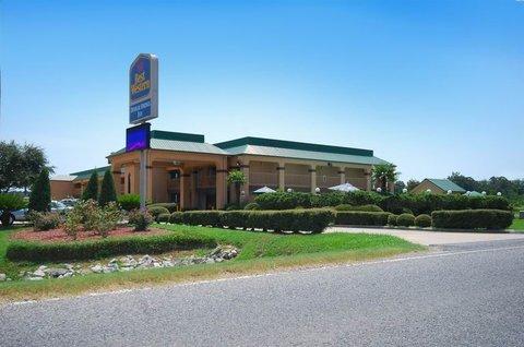 фото Best Western Denham Springs Inn 487806425