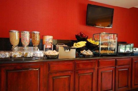 фото Best Western Denham Springs Inn 487806432