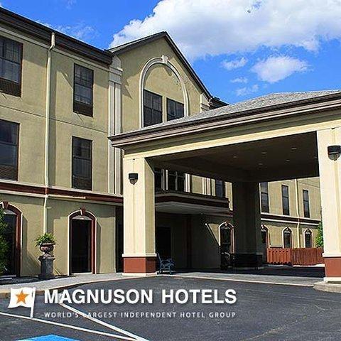 фото Biltmore Suites Hotel 487807660