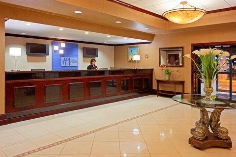фото Holiday Inn Express Stony Brook-Long Island 487808909