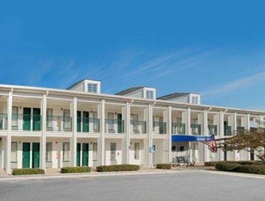 фото Microtel Inn & Suites Meridian 487810523