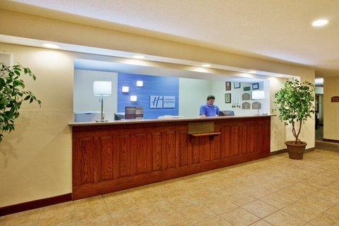 фото Holiday Inn Express Dillard 487811995