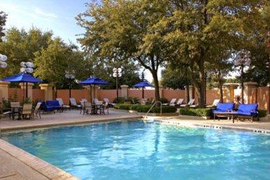 фото Sheraton Suites Market Center Dallas 487813261
