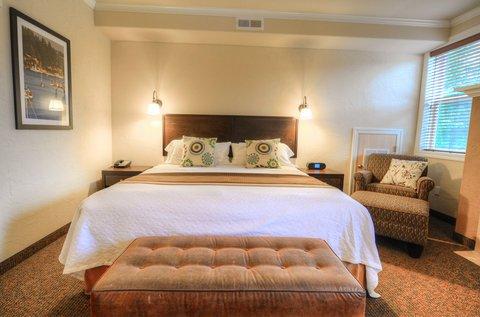 фото Best Western Plus Wesley Inn & Suites 487814467