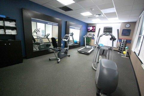 фото Hampton Inn - Suites Mount Ple 487820071