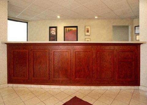 фото Comfort Inn South 487820374