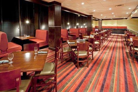 фото Holiday Inn Totowa Wayne 487821663