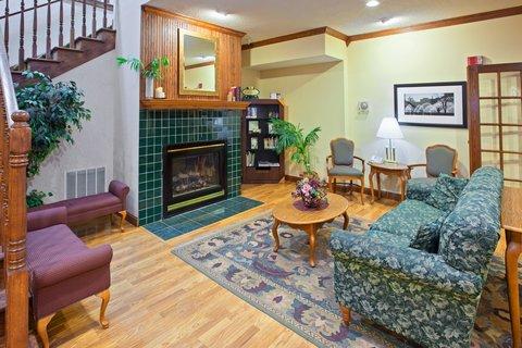 фото Country Inn & Suites Galesburg 487823476
