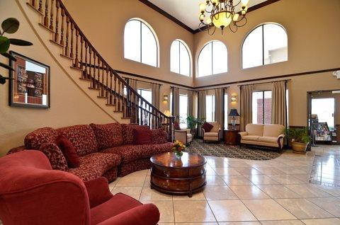 фото Baymont Inn & Suites Victoria 487824813