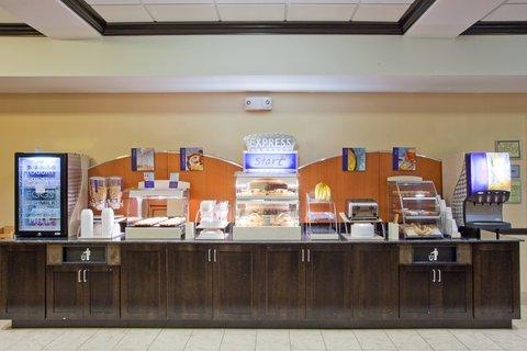 фото Holiday Inn Express Hotel & Suites Atlanta - Conyers 487825237