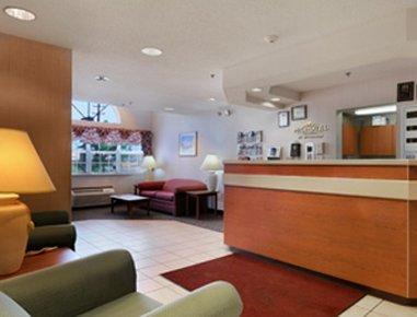 фото Microtel Inn And Suites Seneca Falls 487830607