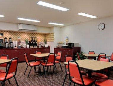 фото Microtel Inn And Suites Seneca Falls 487830608