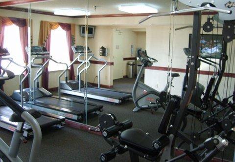 фото Days Inn & Suites Detroit Warren/Sterling Heights 487831280