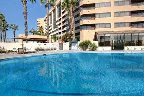 фото Hilton Suites Anaheim/Orange 487832340