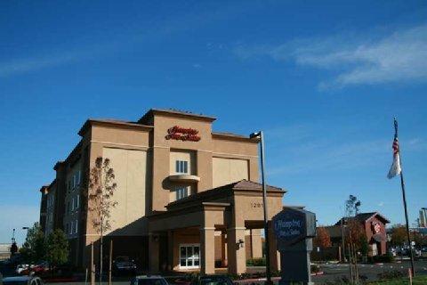 фото Hampton Inn & Suites Pittsburg 487833399