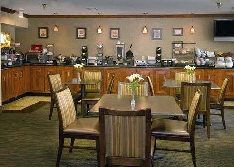 фото Comfort Inn & Suites Dulles 487837576