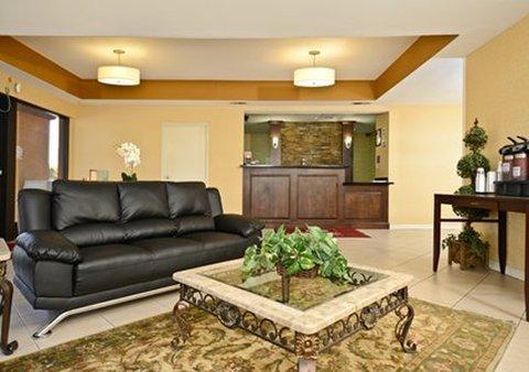 фото Comfort Suites Tulare 487839873