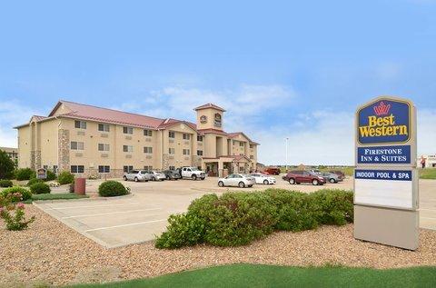фото Best Western Firestone Inn & Suites 487841758