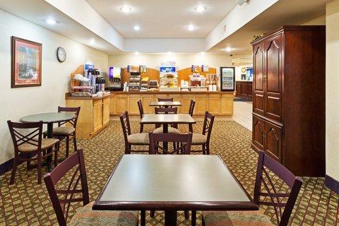 фото Holiday Inn Express Lexington Southwest Nicholasville 487843449
