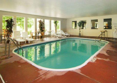 фото Quality Inn & Suites 487843782