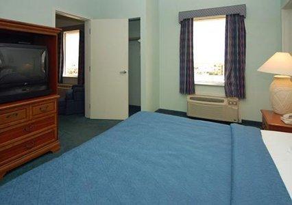 фото Cocoa Beach Suites Hotel 487844835