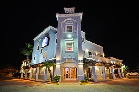фото Casa Bella Hotel And Suites 487845149