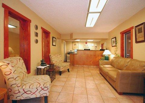 фото Econo Lodge - Kissimmee 487846457