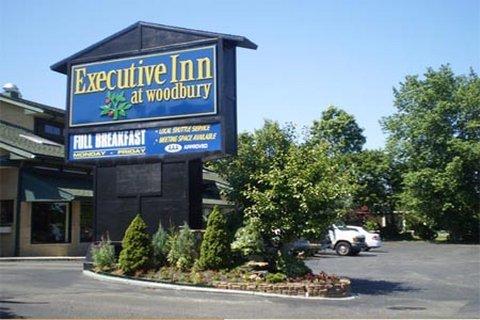 фото Executive Inn at Woodbury 487847334