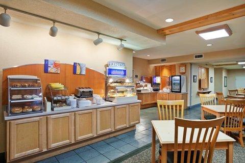фото Holiday Inn Express Grants Pass 487847742