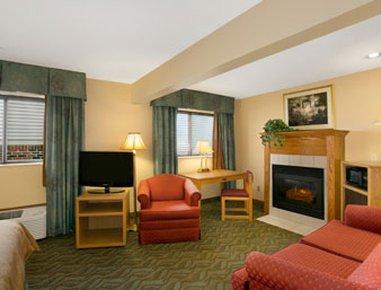 фото Super 8 Motel - Monroe 487847758
