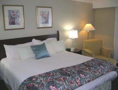 фото Fairfield Inn & Suites Cape Cod Hyannis 487855126