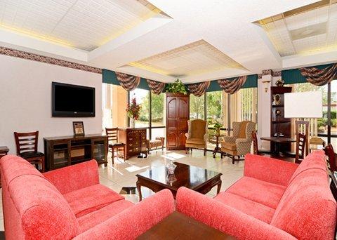 фото Comfort Suites Forsyth 487858375