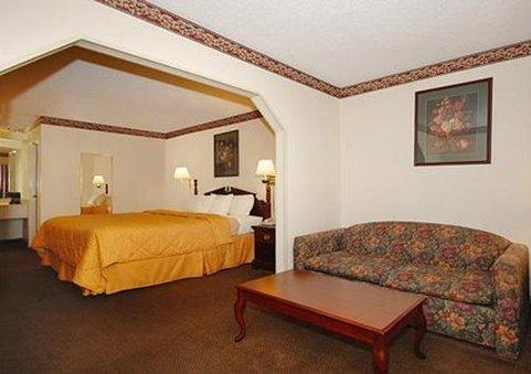 фото Comfort Suites Forsyth 487858376