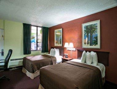 фото Travelodge Fort Lauderdale Beach 487858471