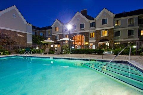 фото Staybridge Suites Detroit-Utica 487860150
