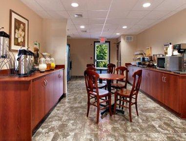 фото Microtel Morgantown Hotel 487863208