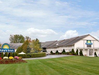 фото Days Inn Shelburne / Burlington 487865147