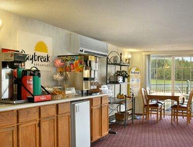 фото Days Inn Shelburne / Burlington 487865149