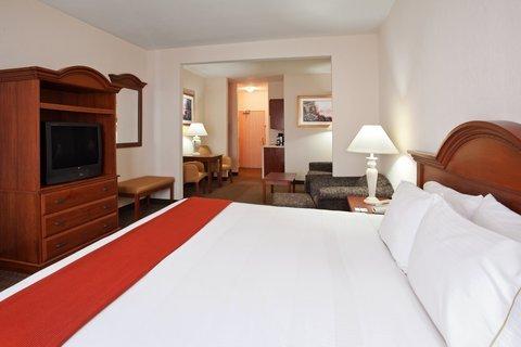 фото Magnuson Hotel University Inn 487865607