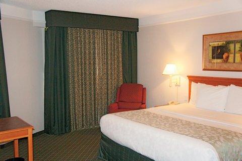фото La Quinta Inn & Suites Tucson Airport 487866185