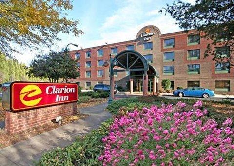 фото Clarion Inn Cornelius 487867567