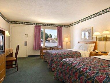фото Days Inn Of Martinsville 487868573