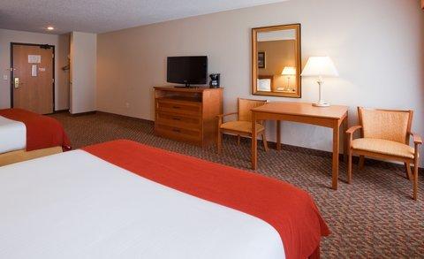 фото Holiday Inn Express Hotel & Suites Worthington 487870394