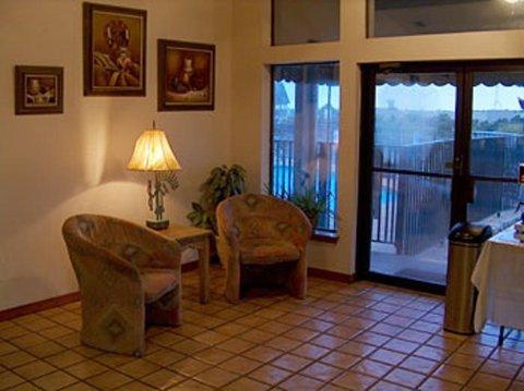 фото Spanish Trails Inn 487871096