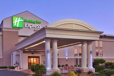 фото Holiday Inn Express Danville 487871806