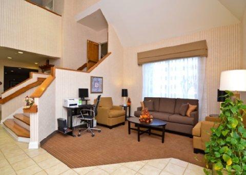 фото Sleep Inn And Suites Lebanon 487872740