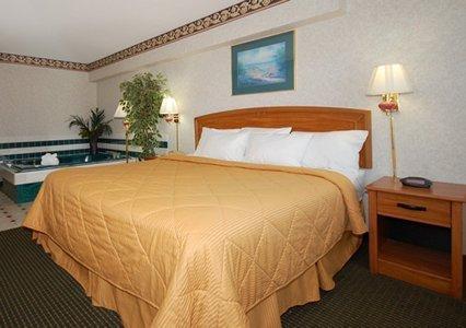 фото Quality Inn & Suites 487875995
